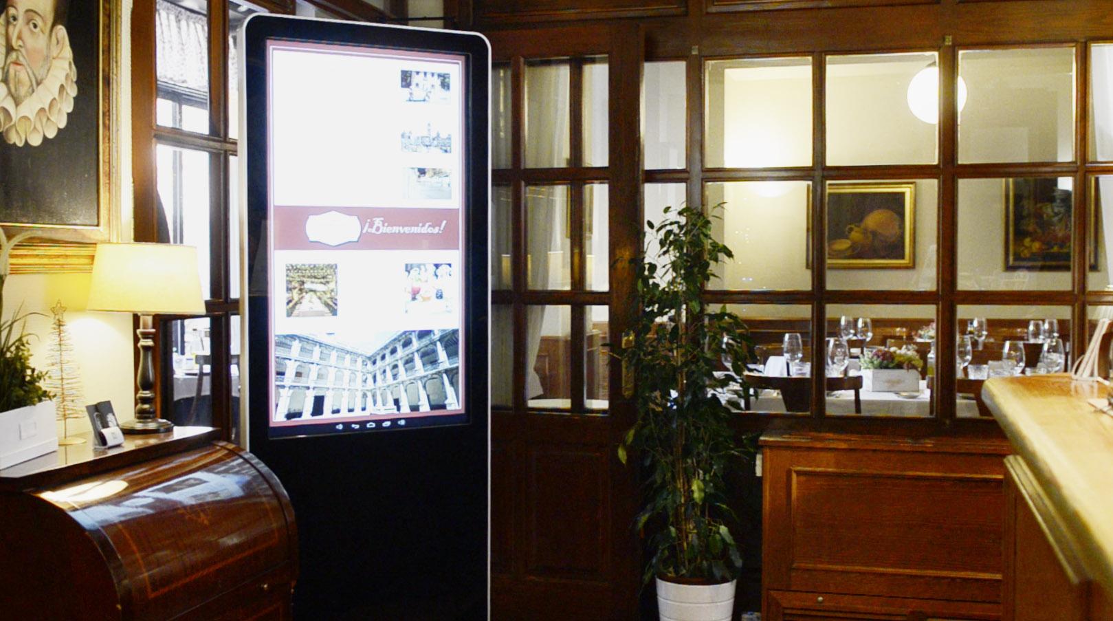 Tótem Hotel Cervantes